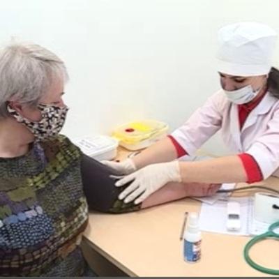 Голикова представила свежие цифры по вакцинированным от ковида россиянам