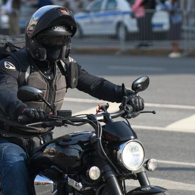 Во Франции байкеры устроили драку на фестивале американской культуры