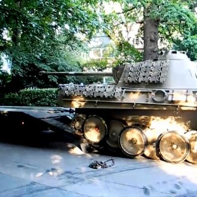 В Германии пенсионера приговорили к условному сроку за танк в подвале