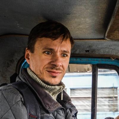 Евгений Карачаров