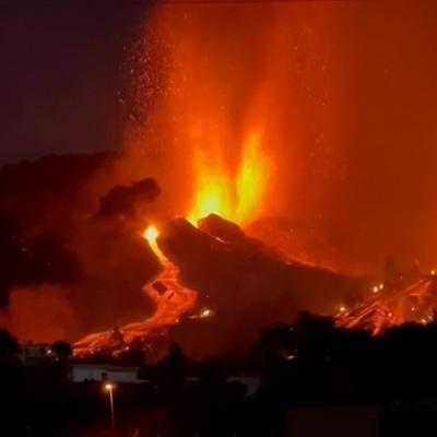 Кислотные дожди могут пройти во Франции вследствие извержения вулкана на Канарах