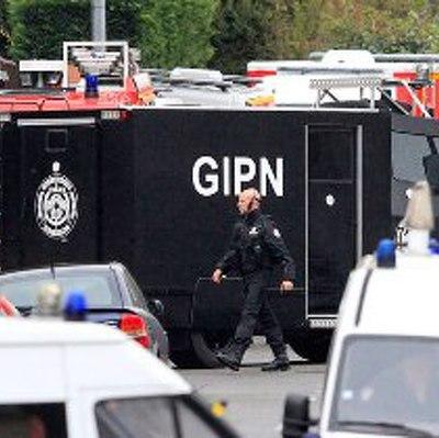 Во Франции ищут мужчину, стрелявшего на ярмарке в Страсбурге