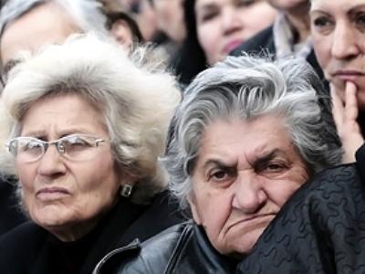 Размер пенсий в России в перспективе вырастет и составит до двух третей средней зарплаты