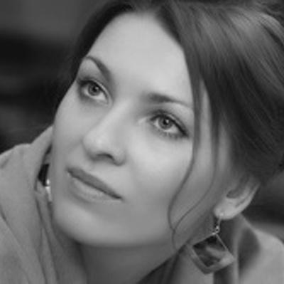 Елена Канатчикова