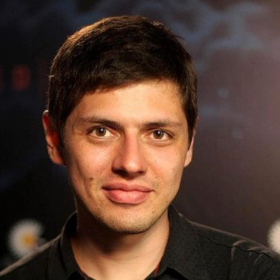 Максим Каракулов