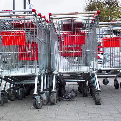 В Минпромторге сочли предложение закрывать супермаркеты на выходные безосновательным