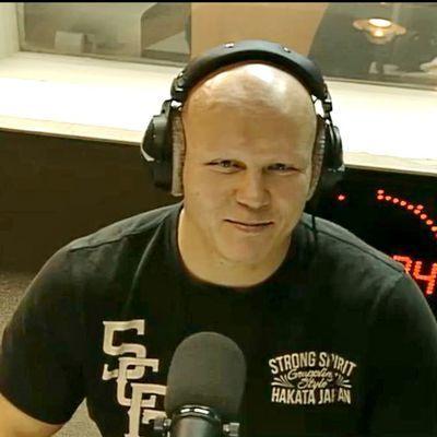 Эдуард Халилов