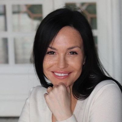 Анна Хныкина