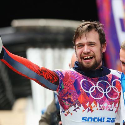 Российский скелетонист Александр Третьяков занял первое место на этапе Кубка мира в Калгари