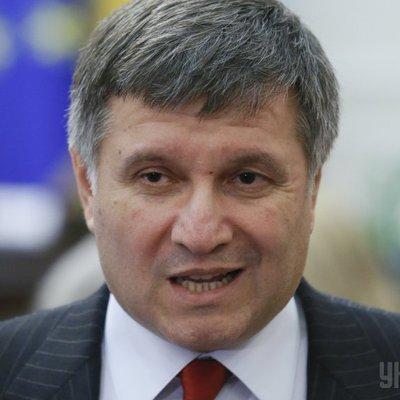 МВД Украины подозревает штаб Порошенко в подкупе избирателей за счет госбюджета