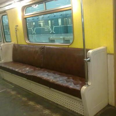 Движение поездов на Замоскворецкой линии московского метро восстановлено после сбоя