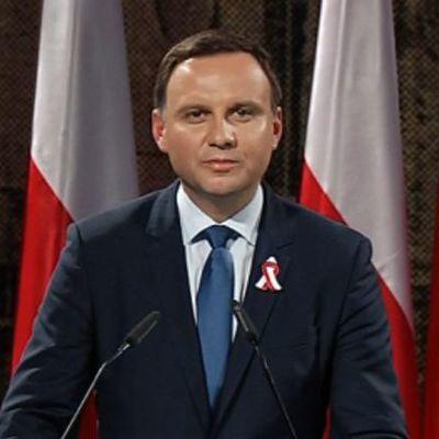 Президент Польши узаконил снос советских памятников