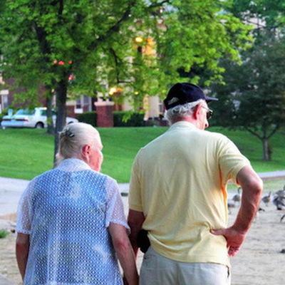 Две трети пожилых москвичей соблюдают режим самоизоляции