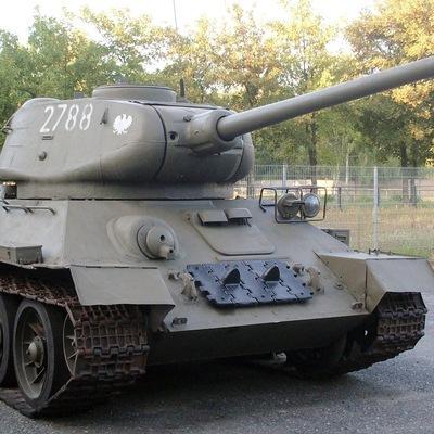 ВС Лаоса подарили 30 танков Т-34 российской армии