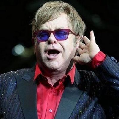 Род Стюарт раскритиковал Элтона Джона за выбранный им путь завершения гастрольной карьеры