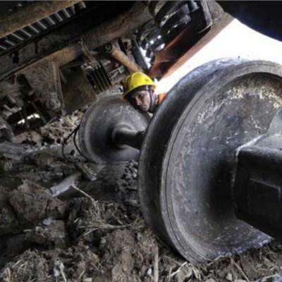 Сход вагонов грузового поезда под Иркутском приведет к задержке поездов
