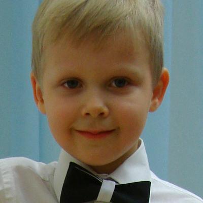 Алексей Кардонов