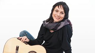 Ася Селютина,  российская гитаристка /asyaselyutina.com/