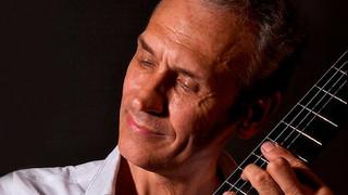Сергей Руднев, российский гитарист-исполнитель, композитор и аранжировщик /listim.com/