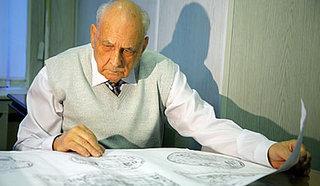 Сергей Никитич Кавалёв,  генеральный конструктор атомных подводных крейсеров стратегического назначения.