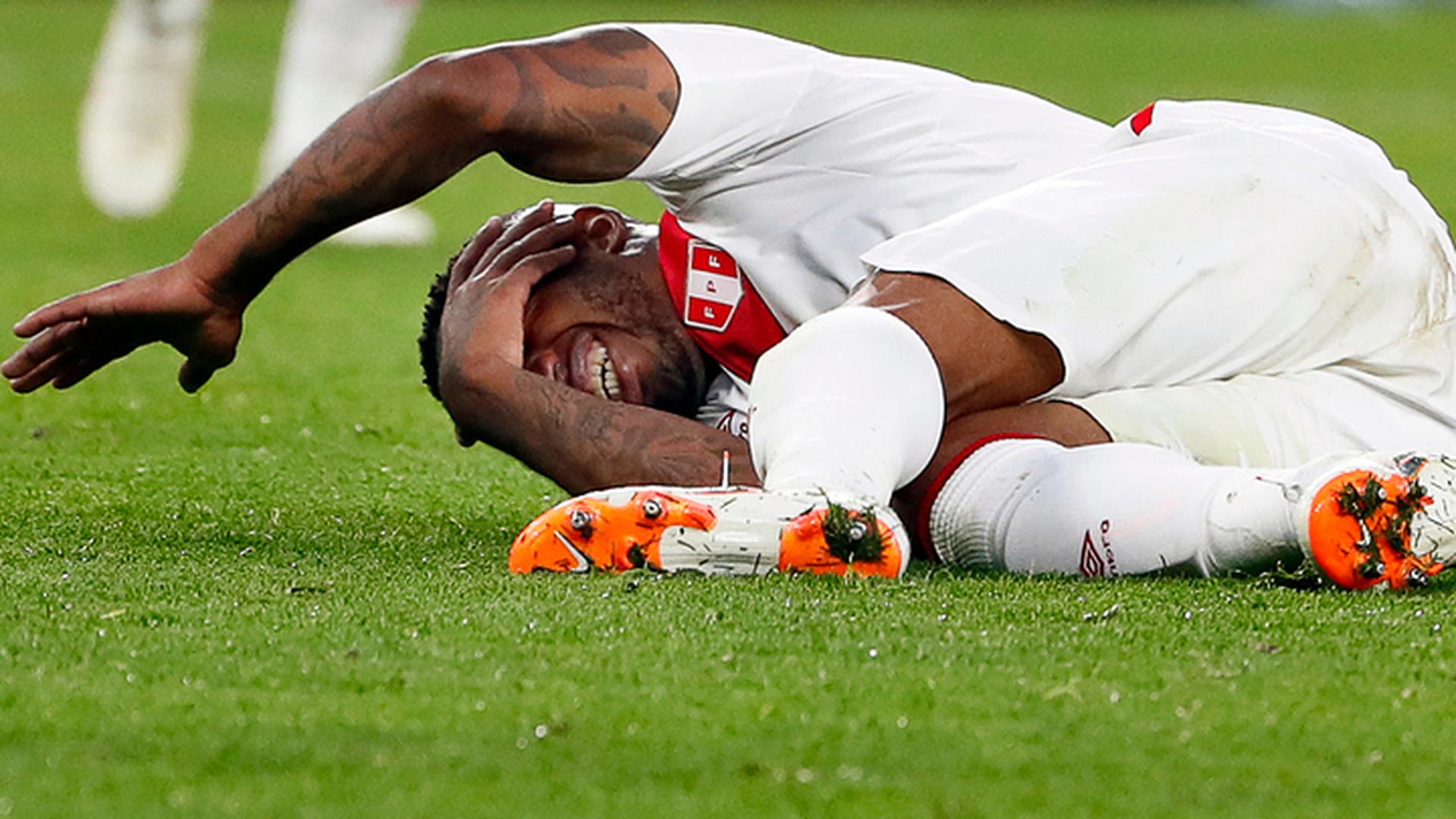 Фарфан потерял сознание на тренировке сборной Перу