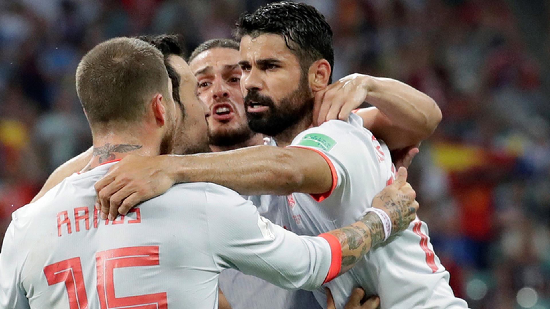 Игрок сборной Испании Коста оскорбил мать и сестру иранского футболиста