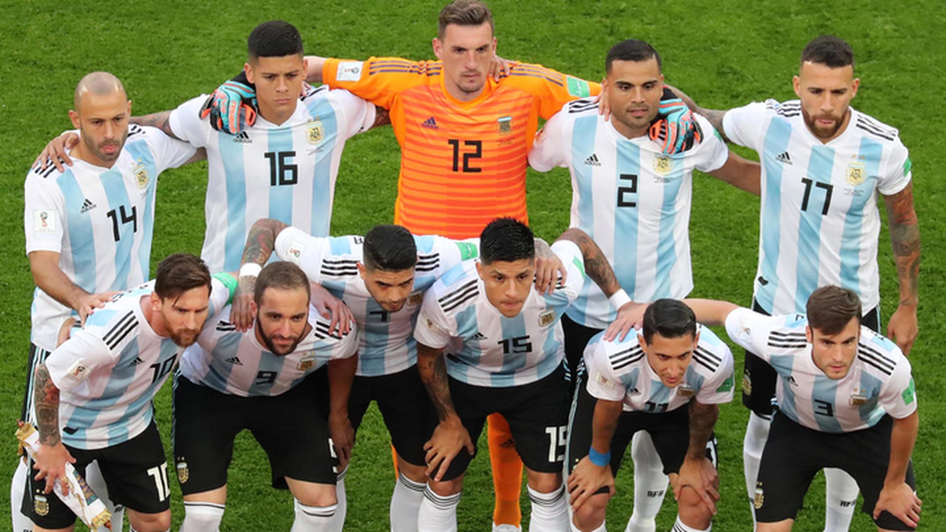 Игуаин и Агуэро остались в запасе сборной Аргентины на матч с Францией