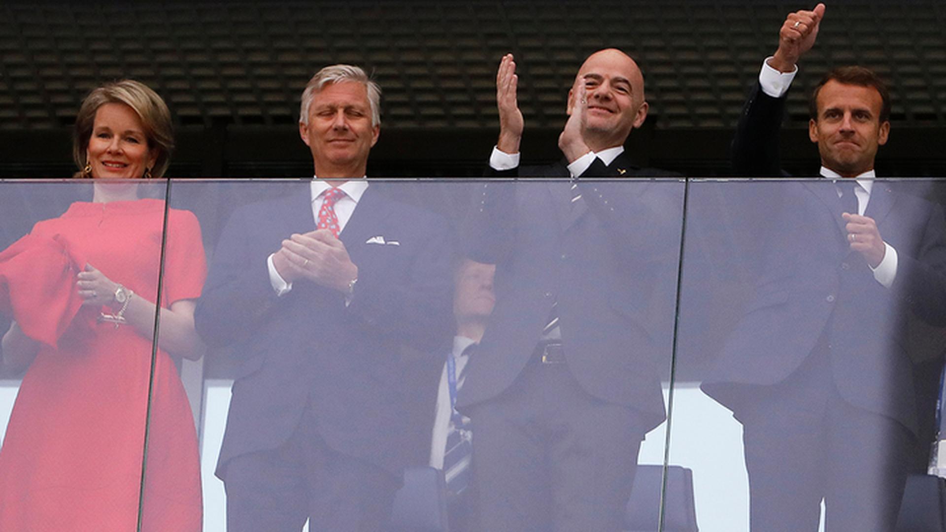 Король Бельгии и президент Франции приехали на матч чемпионата мира