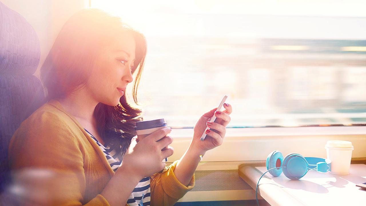 Благодаря специальным тонким пластинкам совсем скоро можно будет зарядить любую модель мобильного телефона