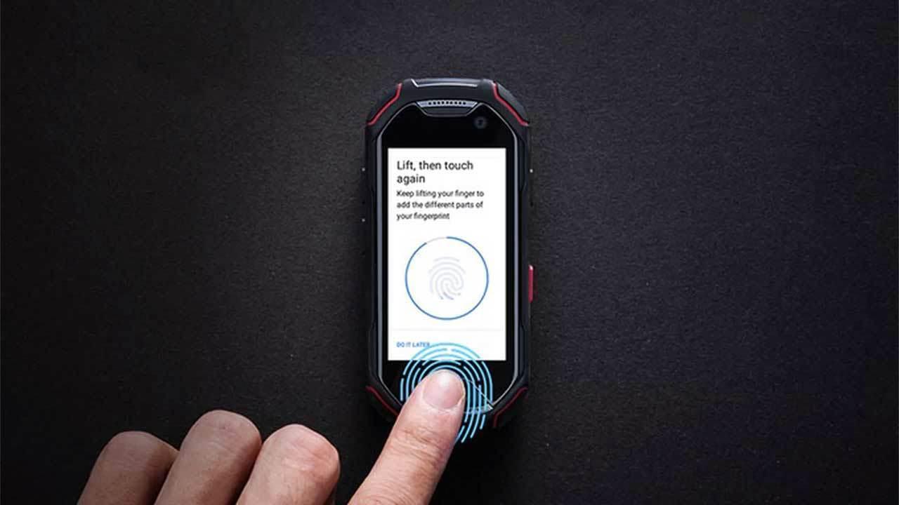 Unihertz Atom: наносмартфон с Android 8 и датчиком отпечатков пальцев
