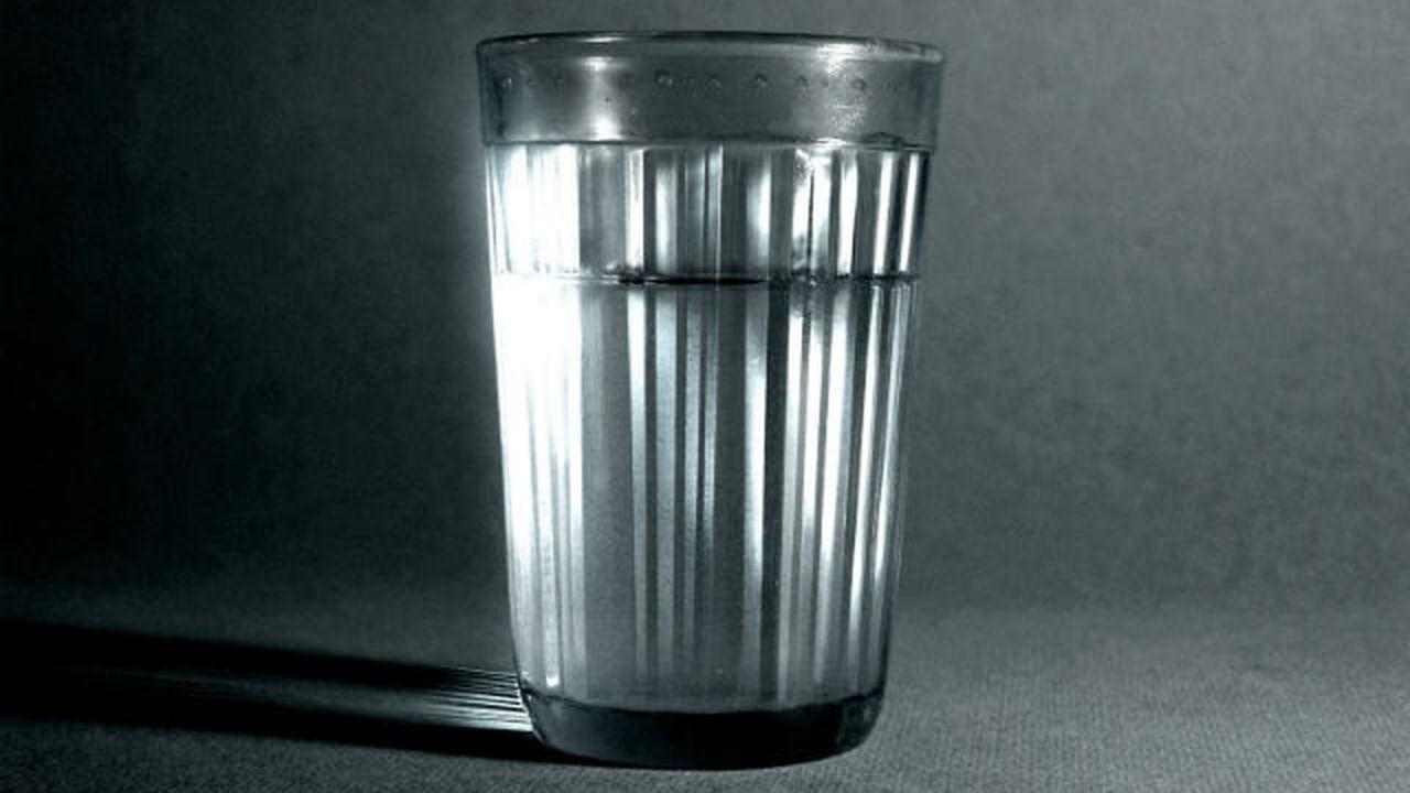 Пьешь водку - умираешь молодым