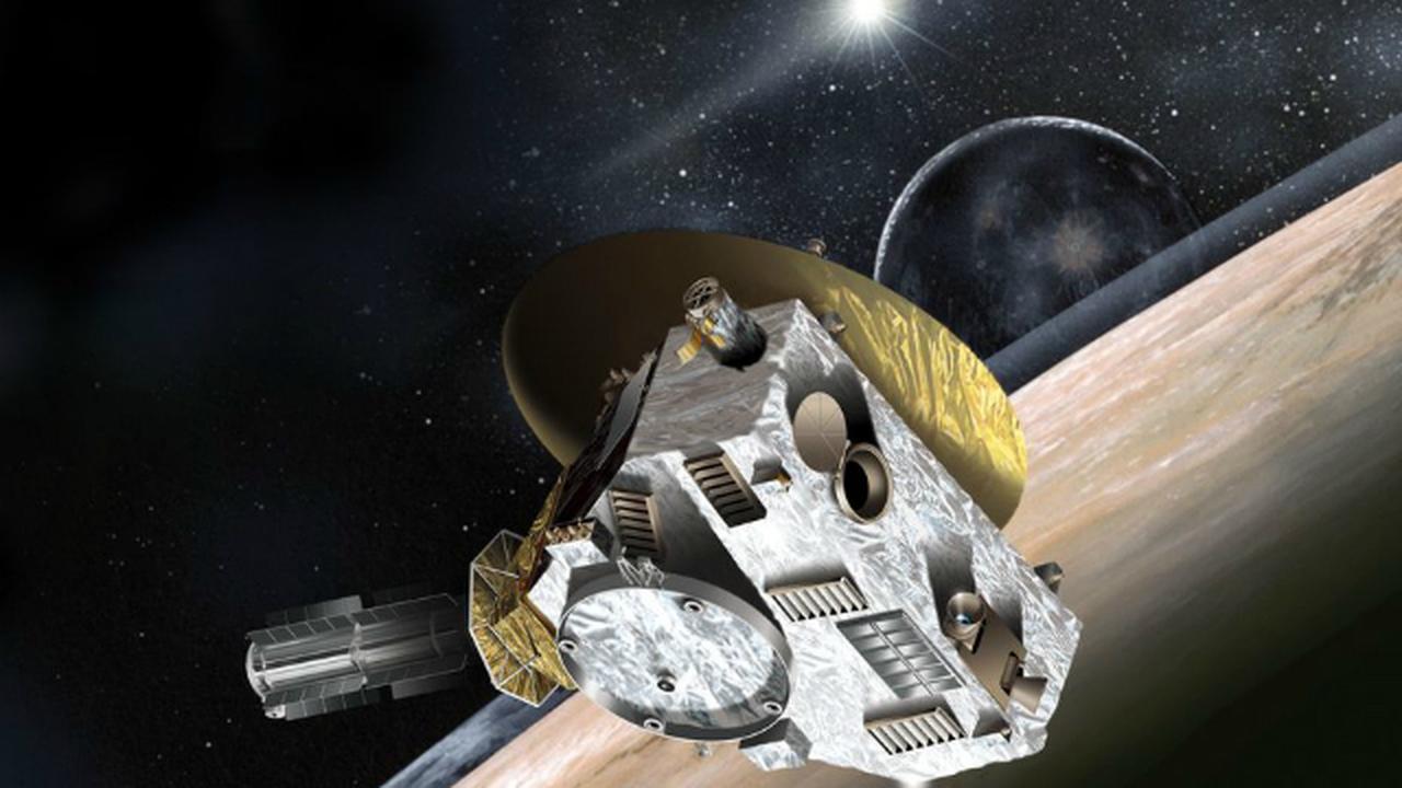 Зонд НАСА передал на Землю крупные снимки Плутона