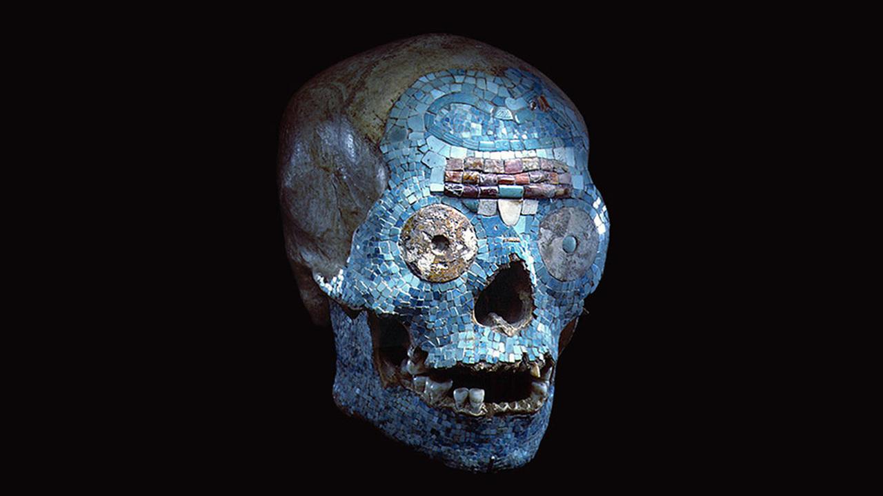 """""""Ничего страшного, это подделка"""": древний бирюзовый череп оказался не совсем настоящим"""