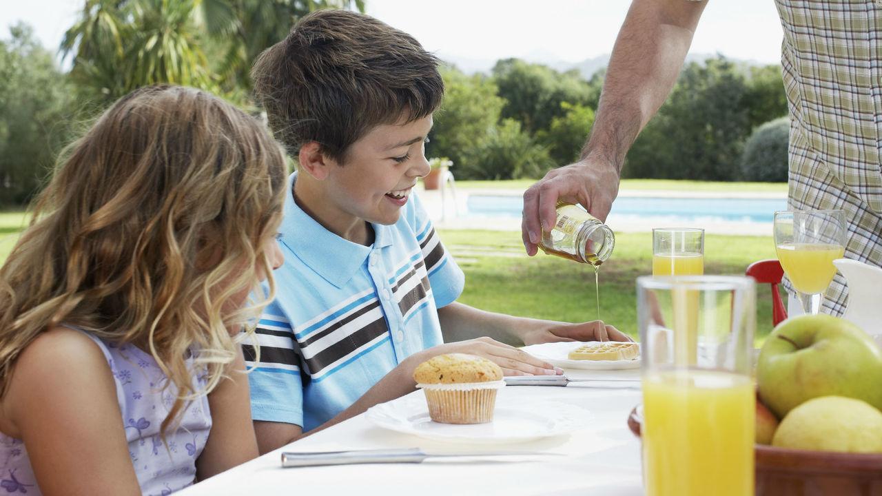 Низкоуглеводный завтрак может сделать человека более толерантным
