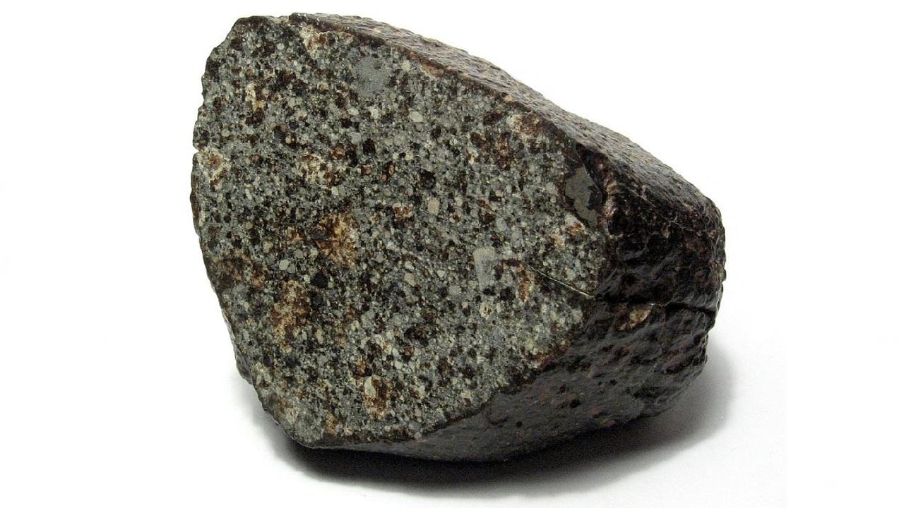 Астероиды и землеподобные планеты могли сформироваться из грязевых шаров