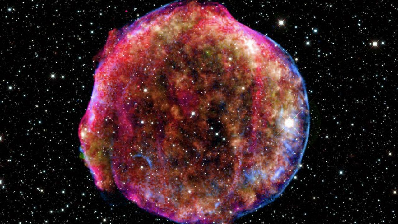 Астрономическая сенсация XVI века оказалась столкновением остывающих звёзд