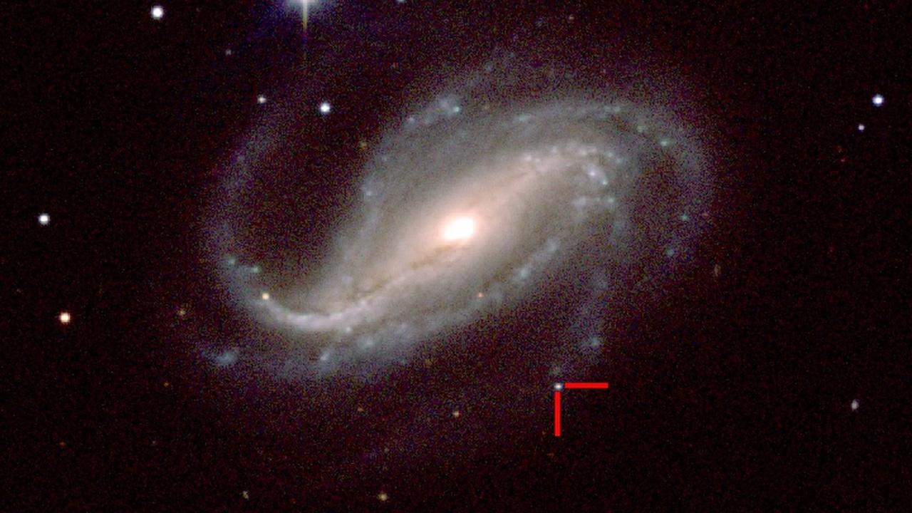 """Выиграть в """"космическую лотерею"""": астроном-любитель случайно снял взрыв сверхновой"""