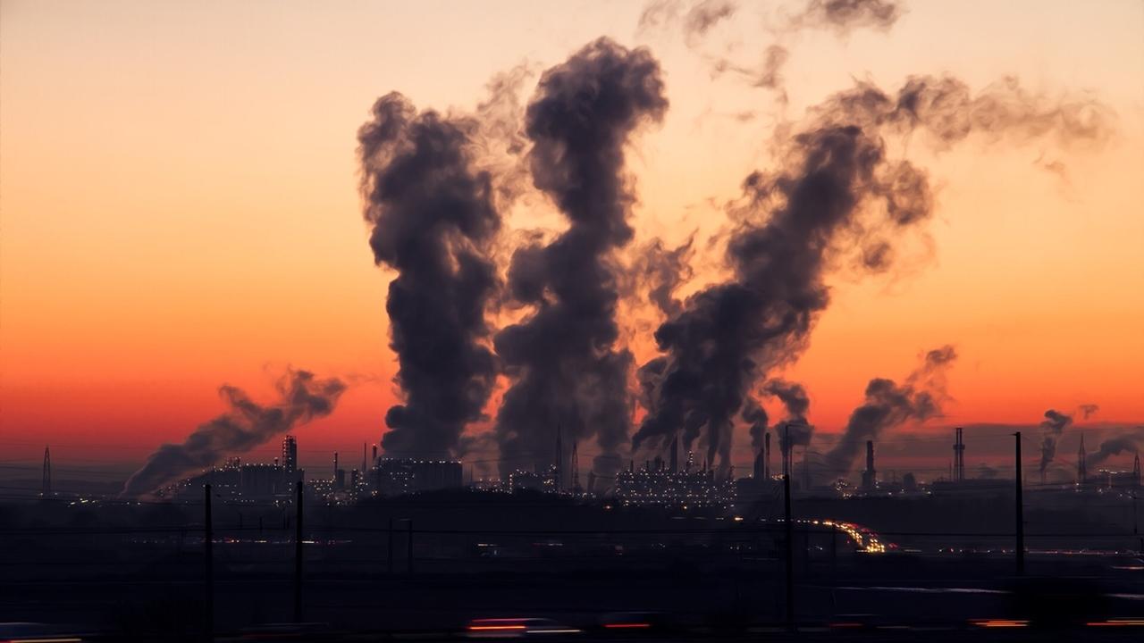 Экологи зафиксировали рекордный уровень углекислого газа в атмосфере Земли
