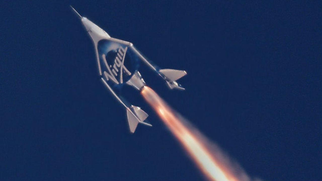 """Частный """"космический самолёт"""" поднялся на рекордную высоту"""
