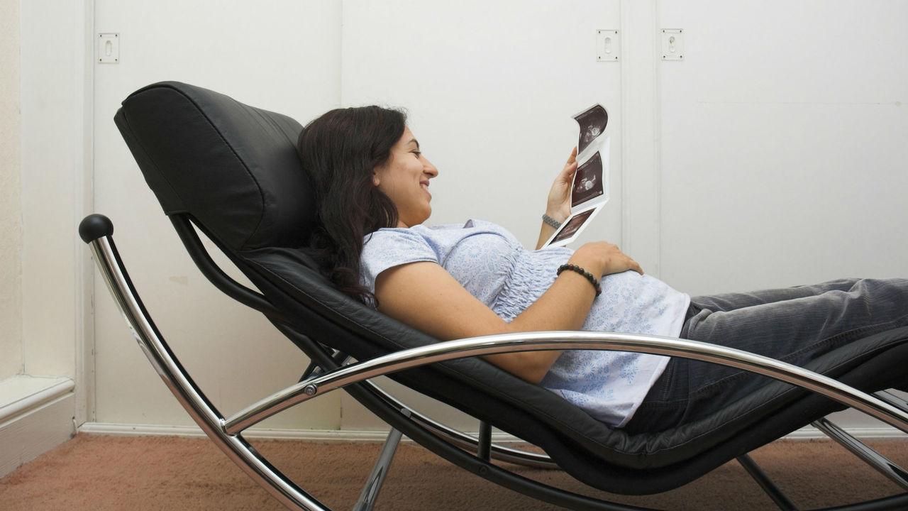 Риск преждевременных родов можно определить при помощи анализа крови