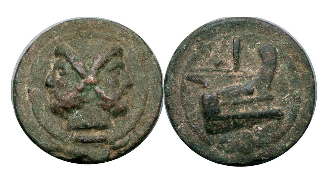 Сотня могил и тяжелые римские деньги: третий сезон раскопок в этрусском Вульчи
