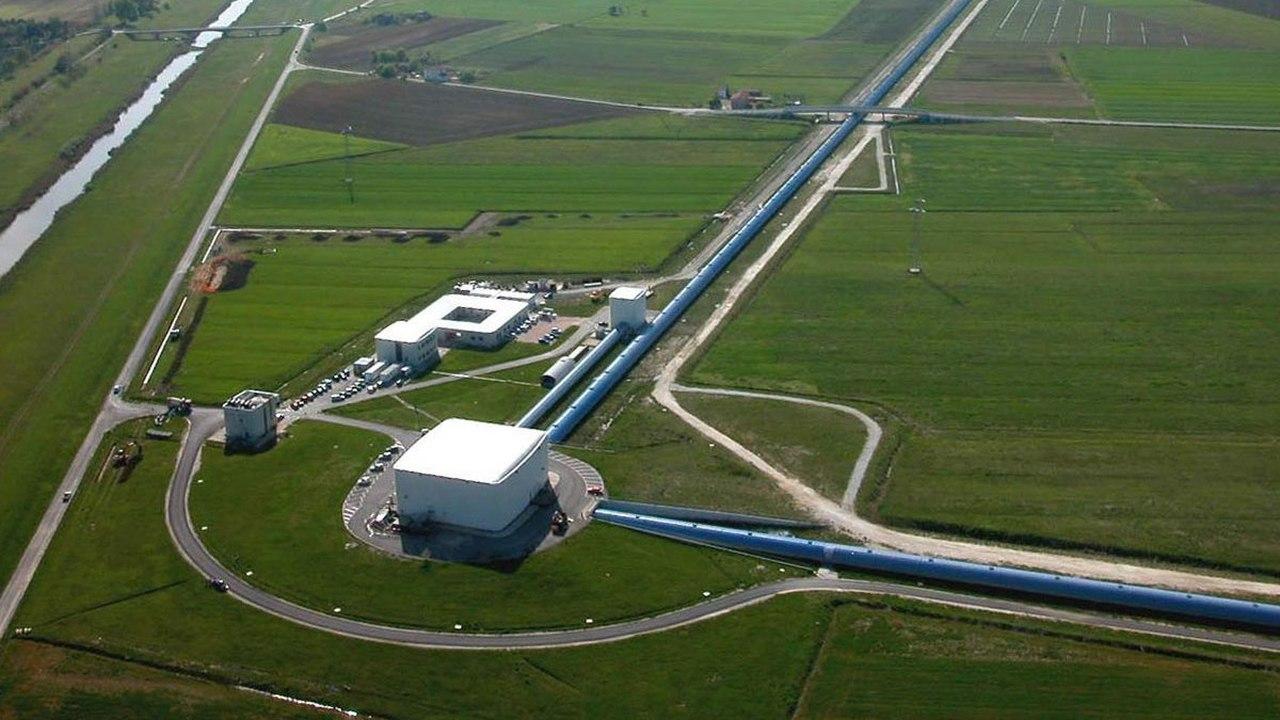 Детекторы гравитационных волн смогут искать тёмную материю