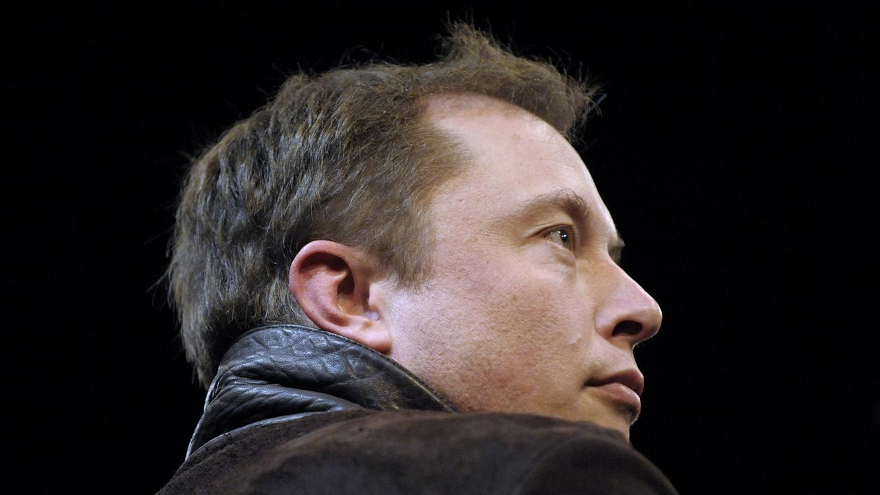 Илон Маск обещает ускориться с Big Falcon Rocket