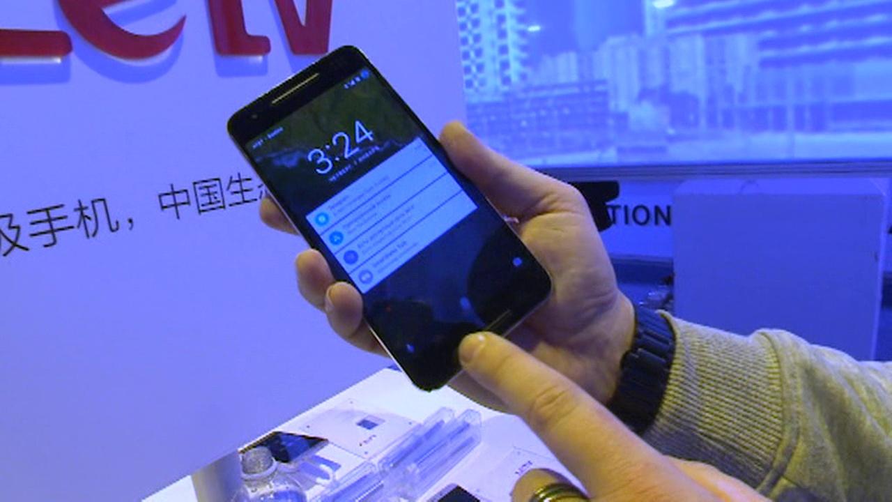 Вести.net: Qualcomm представила ультразвуковой датчик отпечатков пальцев