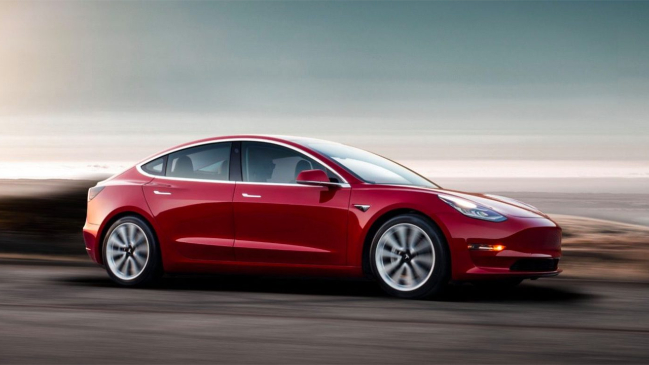 Tesla подарит Model 3 в награду за взлом электрокара