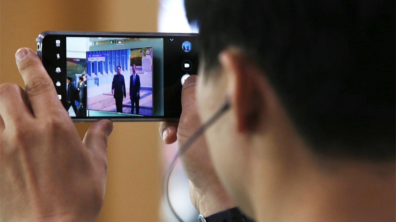 Экспорт мобильников из Кореи упал на 23%