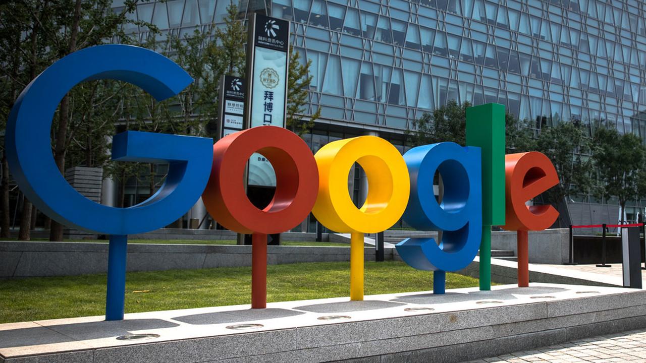 СМИ: Google начала скрывать запрещенные в России сайты