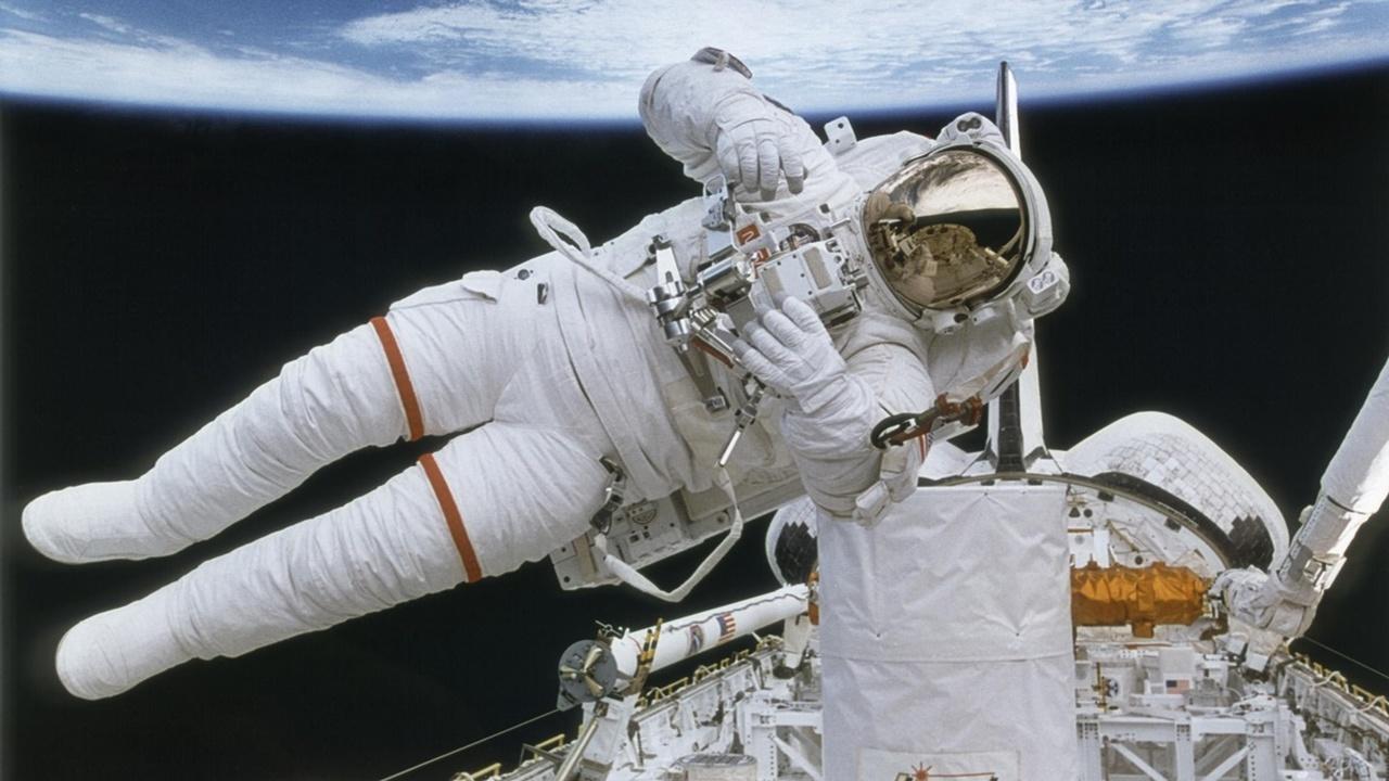 Космический полёт пробуждает вирусы, спящие в организме человека