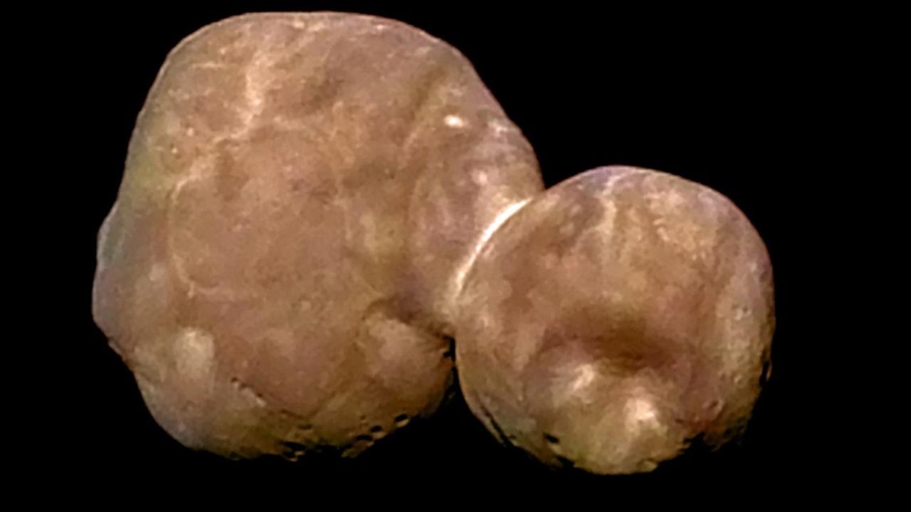 Органика и странные кратеры: новые результаты исследования Ультима Туле