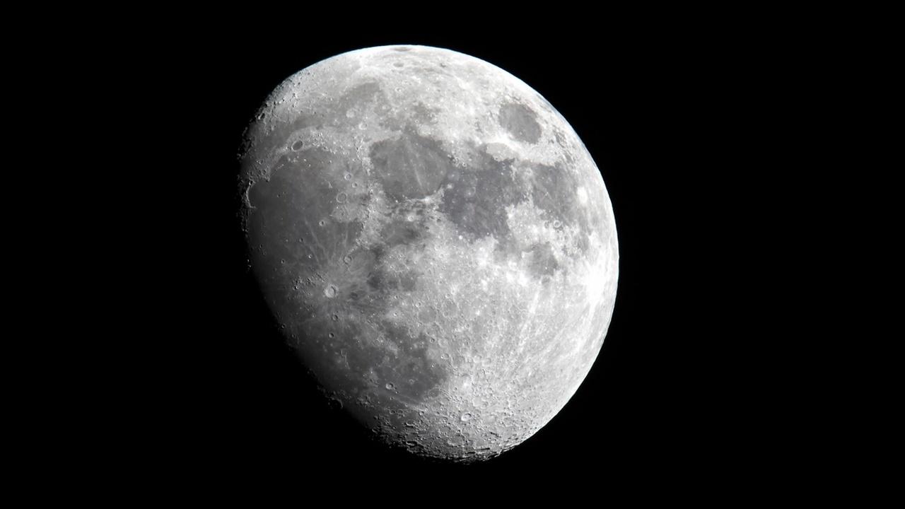 Учёные узнали, как продлить жизнь лунных орбитальных зондов и верно рассчитать траекторию движения астероидов